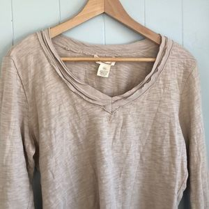 Workshop Andrea Jovine Long Sleeve  V-Neck Top